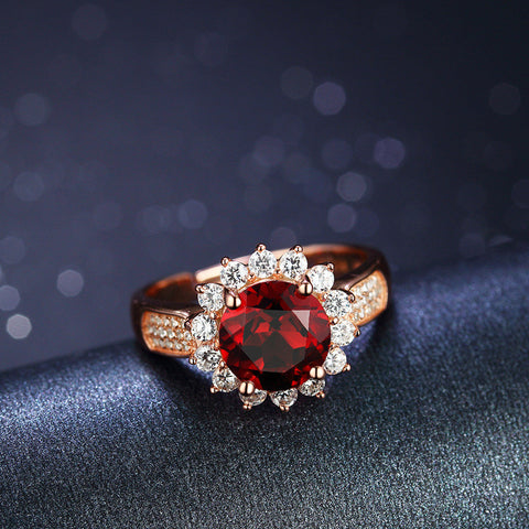 Sunflower Pattern with Ruby and Zircons Surrouded 925 Sterling Silver Ring