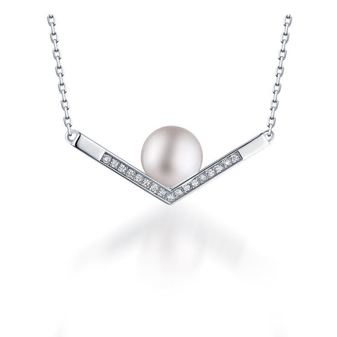 Amazing V-shaped Pendant Pearl Silver Necklace