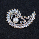 Women Elegant Style Leaf Circle Brooch With Gems And Pearl