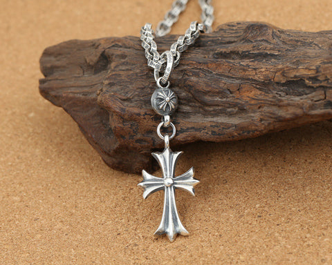 Retro-style Christian Cross Pendant Necklace