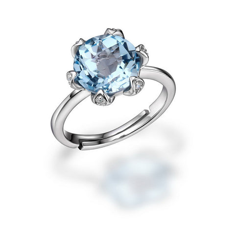 Luxurious Natural Blue Topaz Silver Ring