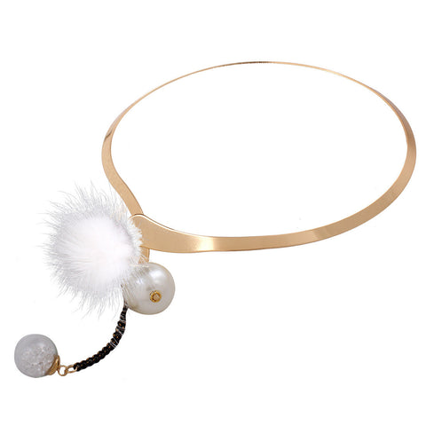 Plush Ball Imitation Pearl Choker