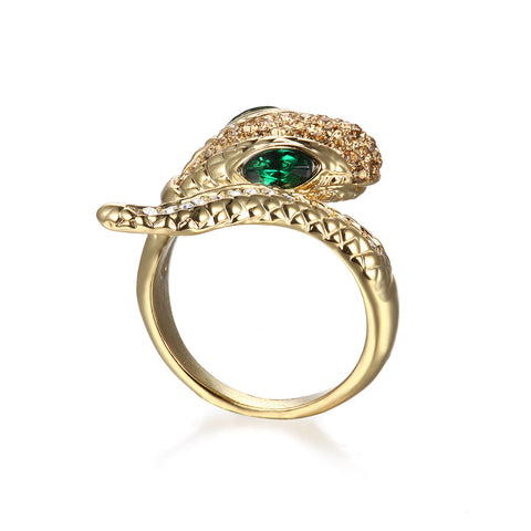 Emeri Golden Statement Ring