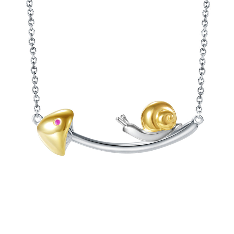 925 Sterling Silver Chasing Snail Necklace