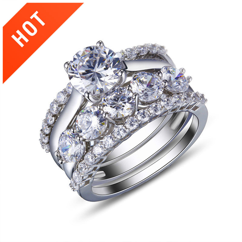 Exquisite Four-In-One Solitaire Women's Ring