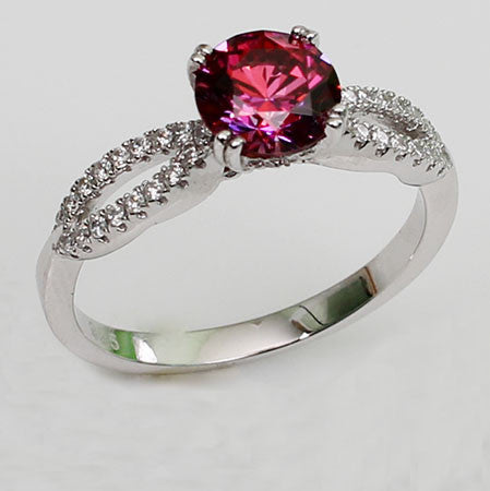 Brilliant Cut Round Shaped Engagement Ring