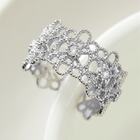 Fashion Hollow Pattern Silver Ring