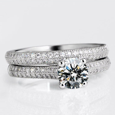 Exquisite 925 Sterling Silver Engagement Ring With Rhinestone