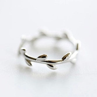 High Fashion Olive Silver Ring