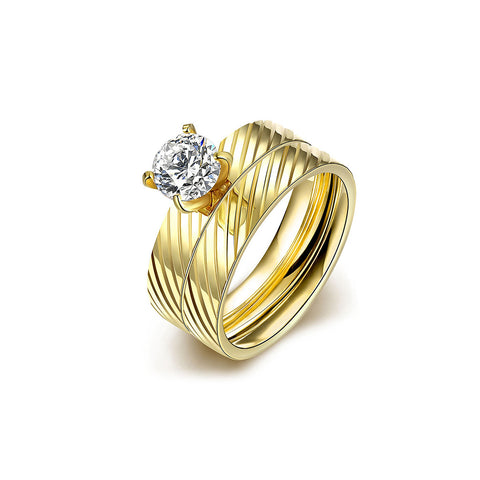 Gold Twill Zircon Ring Set