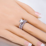 Heart-shaped Diamond Engagement Ring Set