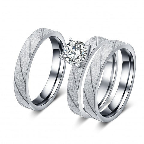 Matte Titanium Grooved Zircon Diamond Engagement Rings Set