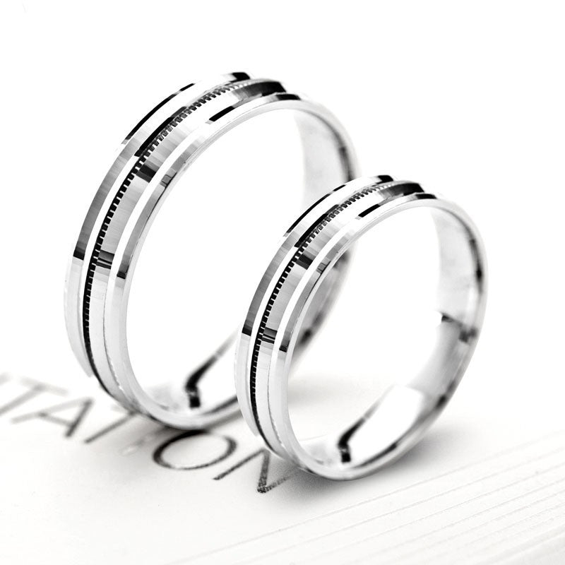 korean-fashion-engraved-couple-wedding-rings