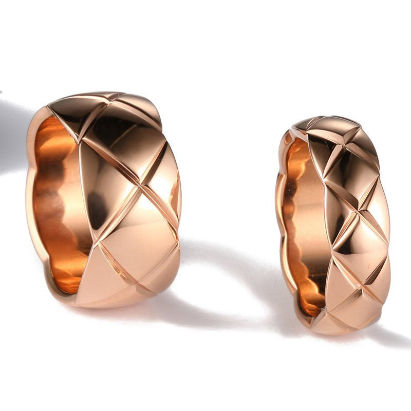 plaid-18k-rose-gold-plated-diamond-couple-rings