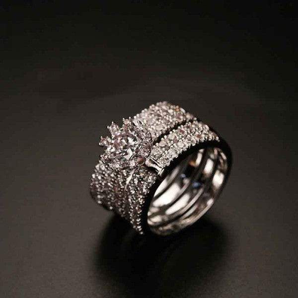 Luxury White Gold Filled Engagement Ring With Rhinestone