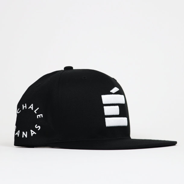 Load image into Gallery viewer, É Snapback - Black