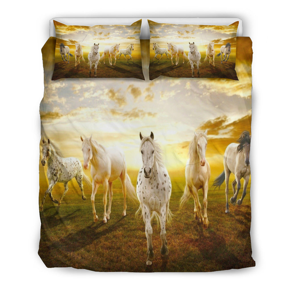 LOVE WHITE HORSE - HORSE FAN BEDDING SET