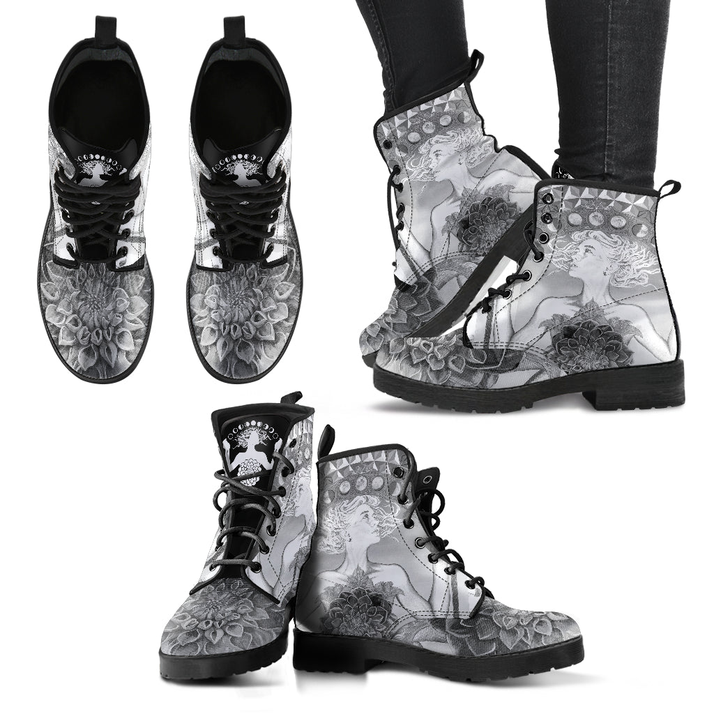 The Gate Of Knowledge B&W - Vegan Women's Boots