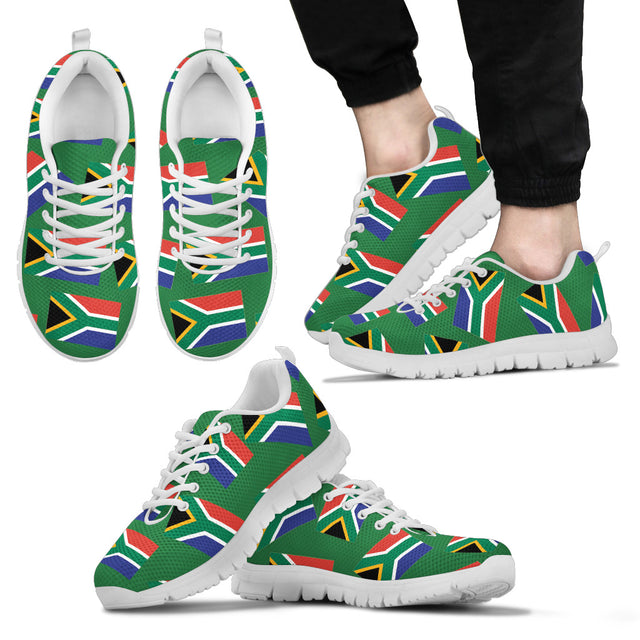 SOUTH AFRICAN PRIDE! SOUTH AFRICAN FLAGSHOE - Men's Sneaker (green bg)