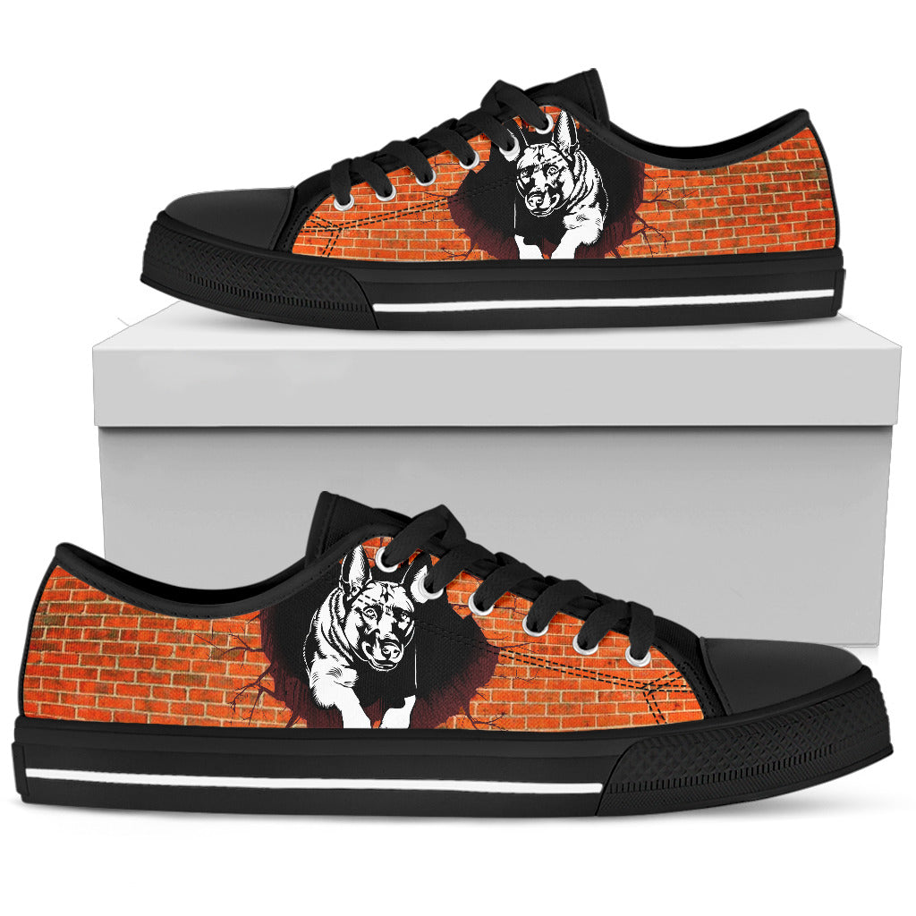 German Shepherd Women's Low Top Shoe