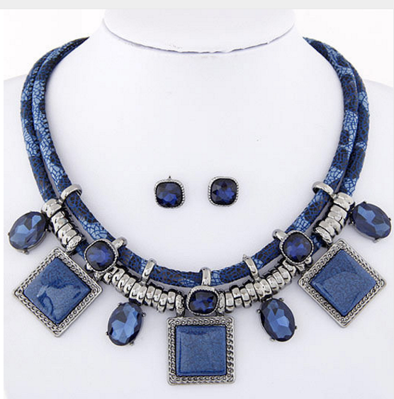 Crystal Resin Collares Square Necklaces & Earrings Set!!!