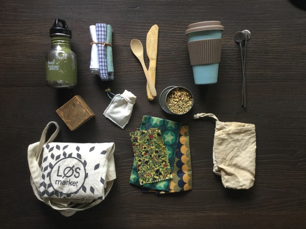10 things in my handbag helping us to reduce waste.