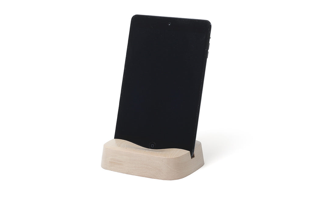 Pana Objects Sila Tablet Stand | Lifestyle Accessories | Bibliotek