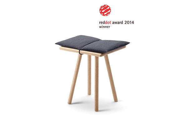 Skagerak Georg Stool Oak Red Dot Award | Stools & Scandinavian Furniture | Bibliotek