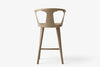 &Tradition In Between Bar Stool SK7 White Oiled Oak Back | Designer Furniture | Bibliotek