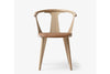 &Tradition In Between Chair SK2 White Oiled Oak Cognac Leather | Designer Chairs & Furniture | Bibliotek