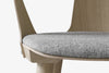 &Tradition In Between Chair SK2 White Oiled Oak Light Grey Close Up | Designer Chairs & Furniture | Bibliotek