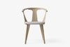 &Tradition In Between Chair SK2 White Oiled Oak Light Grey | Designer Chairs & Furniture | Bibliotek