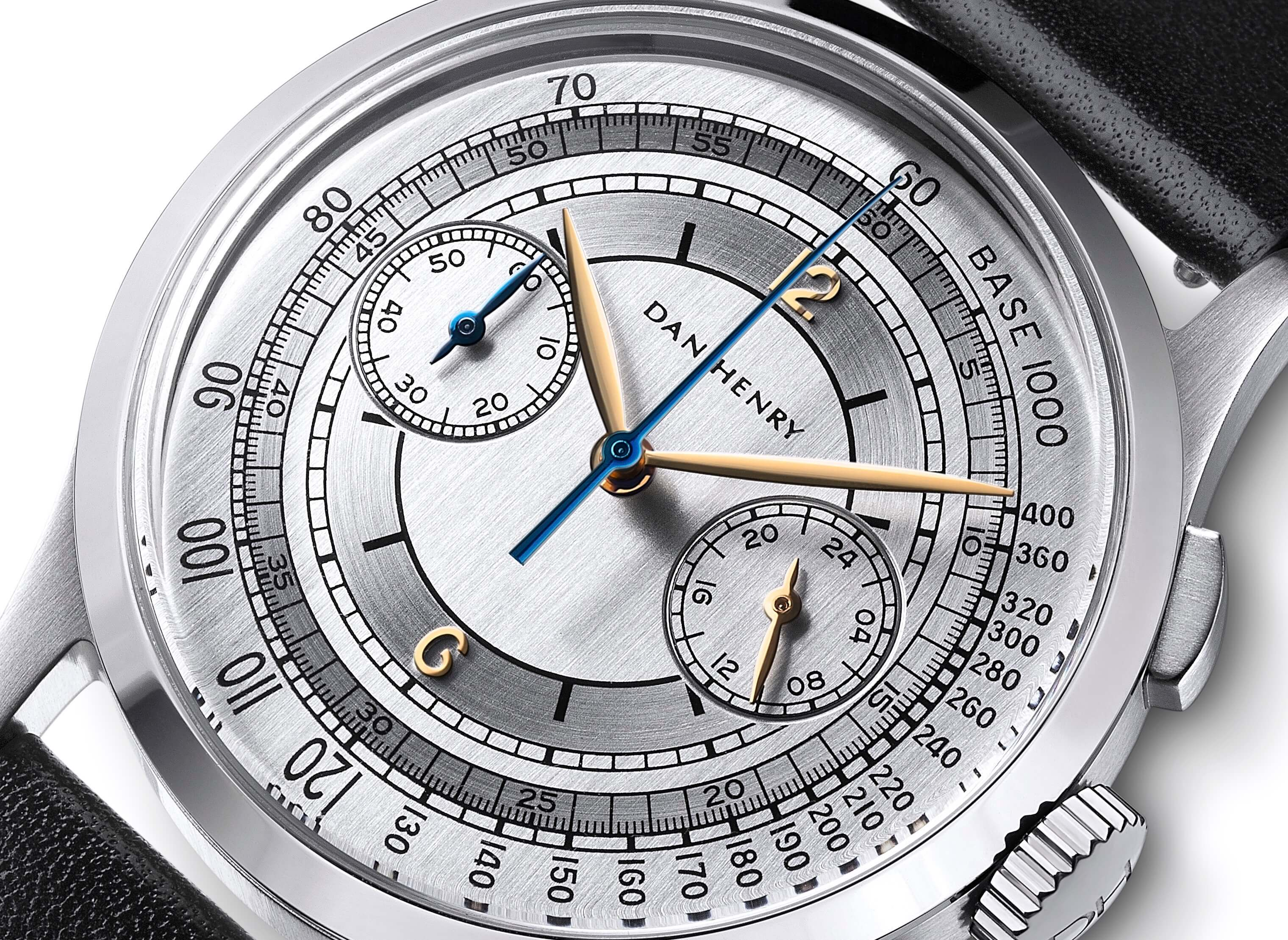 <h3>Dial</h3><p>Silver sector dial with Tachymeter, gold applied numbers, and Leaf-shaped hands </p>