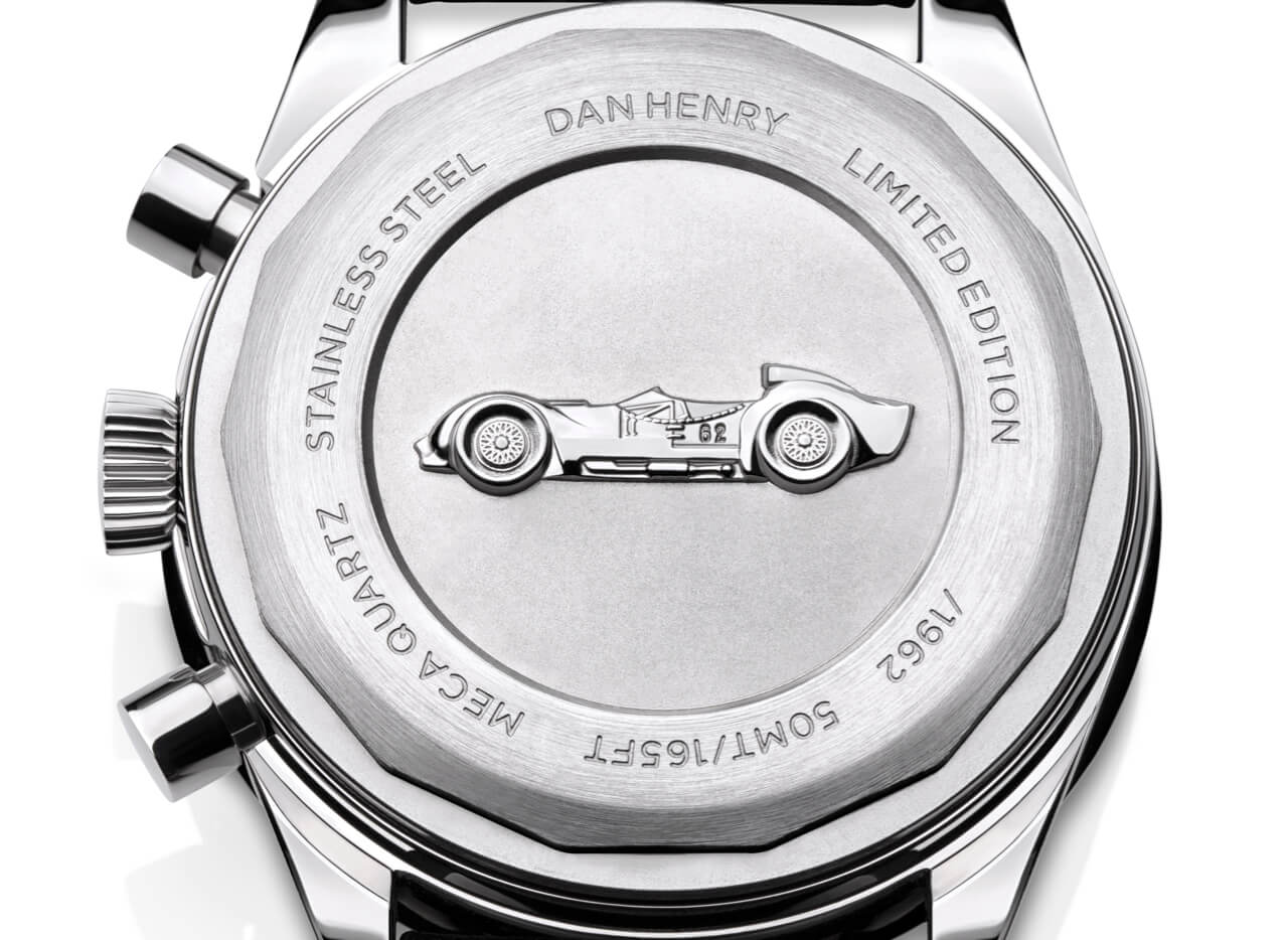<h3>Caseback</h3><p>Screw-back with 3D case-back embossed with the Maserati Tipo 60 Birdcage automobile.  </p>