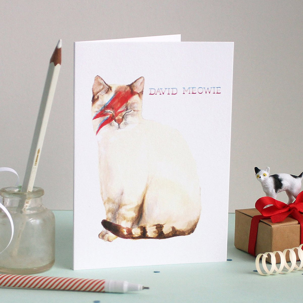 Mister Peebles Greeting Card 'David Meowie'
