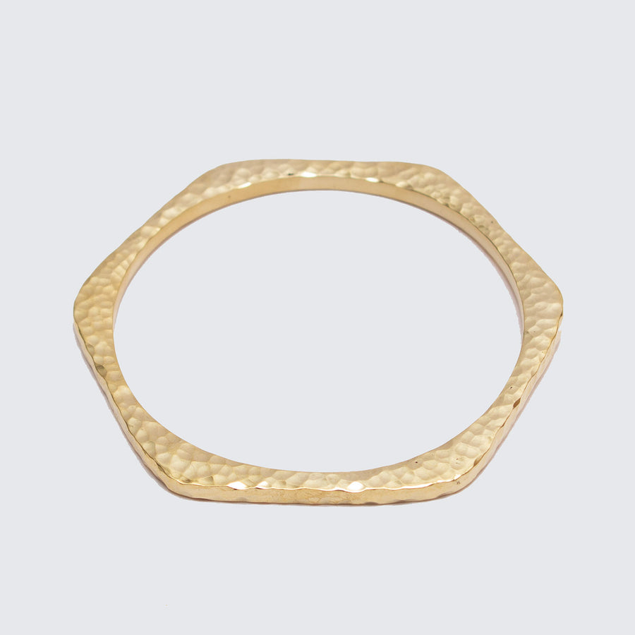 Sustainable, contemporary and classic bangle by Artisans & Adventurers
