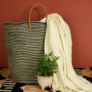 Kenyan Sisal Extra Large Basket with Handles 'Monochrome'