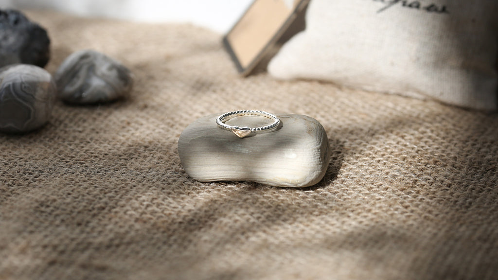 Silver Plated Heart Ring + Canvas Gift Bag - Mitpaw