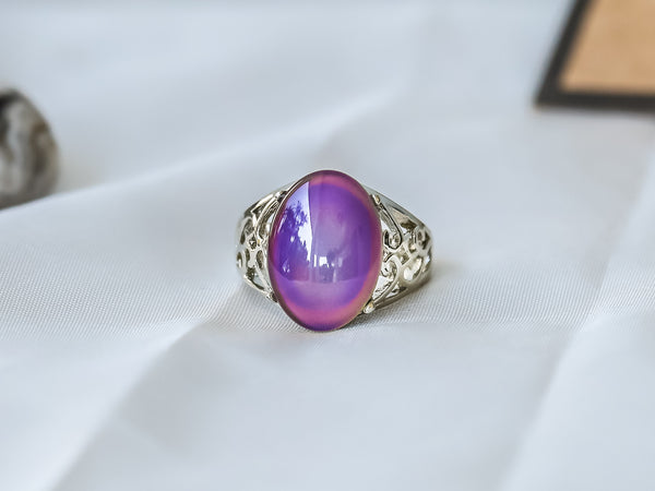 Limited Edition Borderless Oval Stone Mood Ring + Canvas Gift Bag