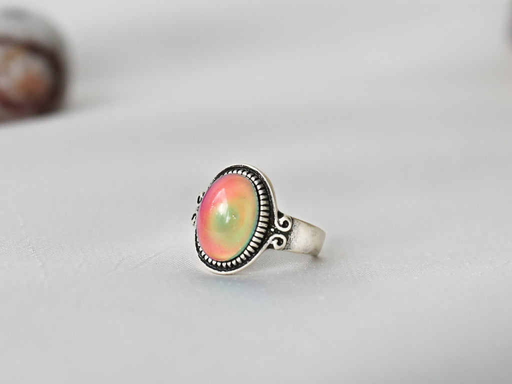 Bohemian Oval Floral Band Mood Ring