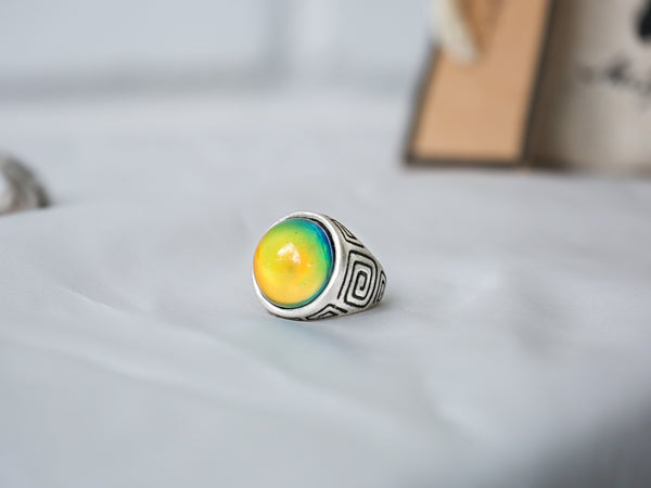 Elite Line Art Design Mood Ring