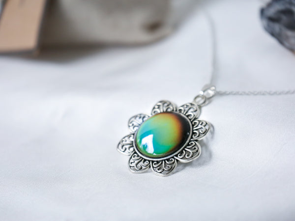 Vintage Sunflower Colour Changing Necklace with 925 Silver Chain