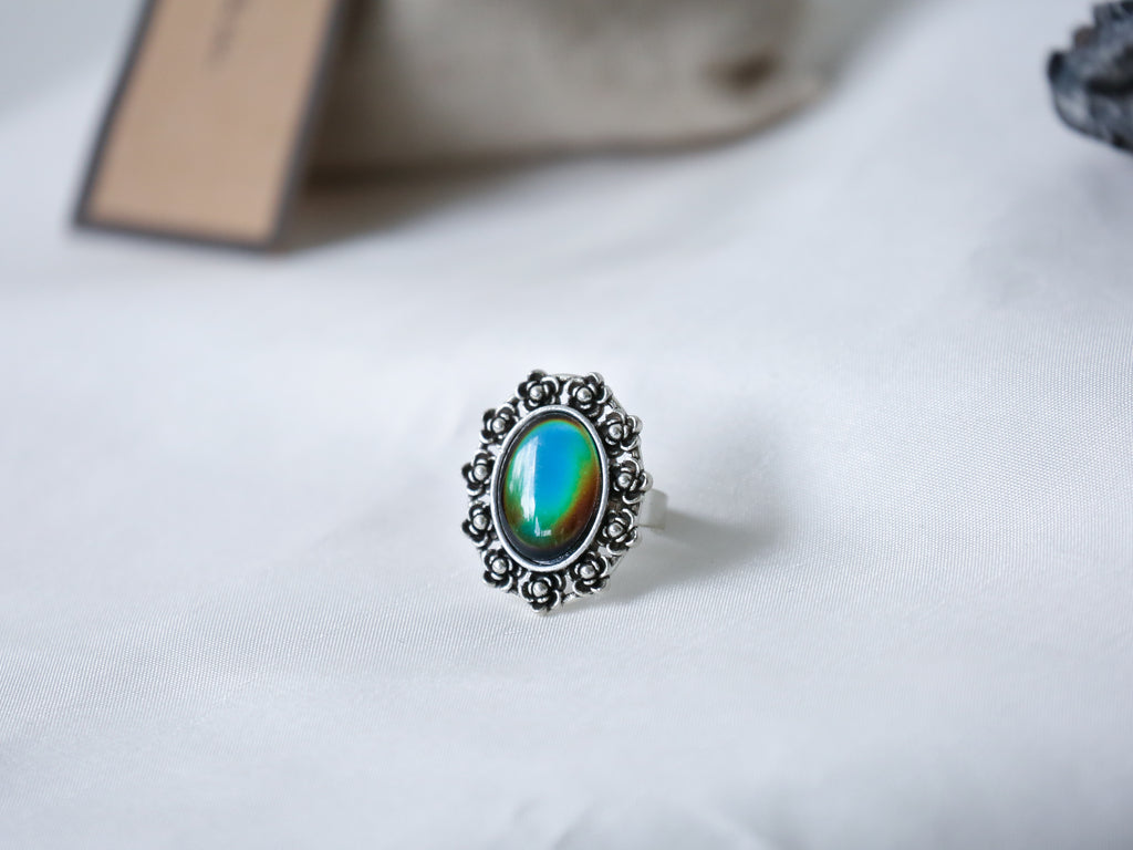 Daisy Mood Ring with Iconic Features - Mitpaw