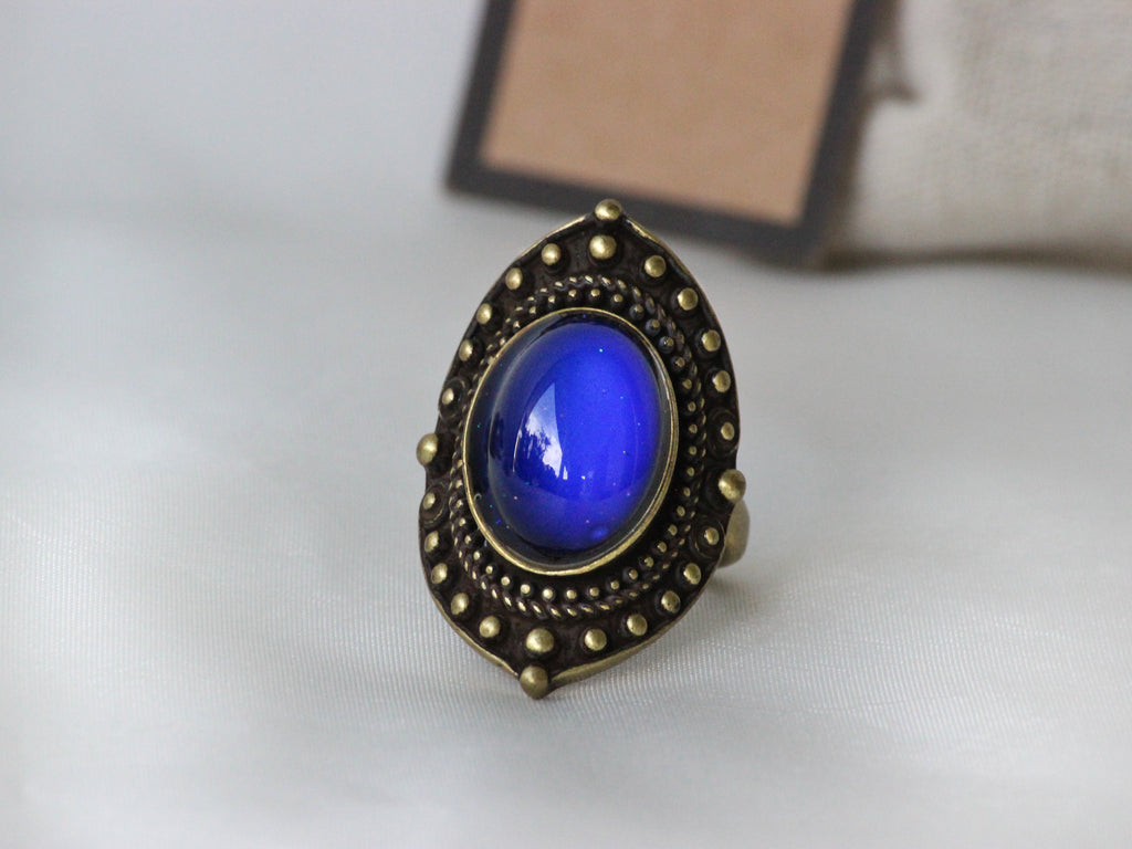 Antique Gold Plating Decorative Oval Stone Mood Ring - Mitpaw