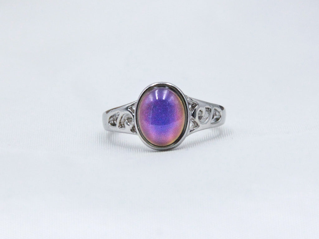 Petite Oval Decorative Mood Ring