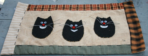 3 Cat Heads Wallhanging