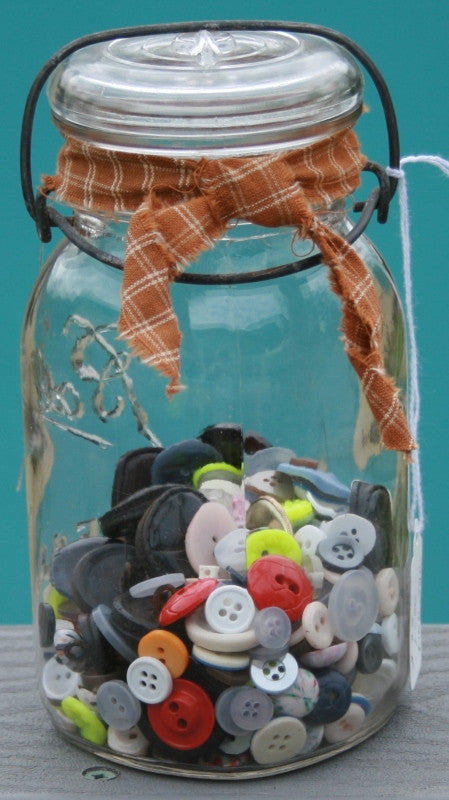 Medium Canning Jar with Glass Lid and Buttons