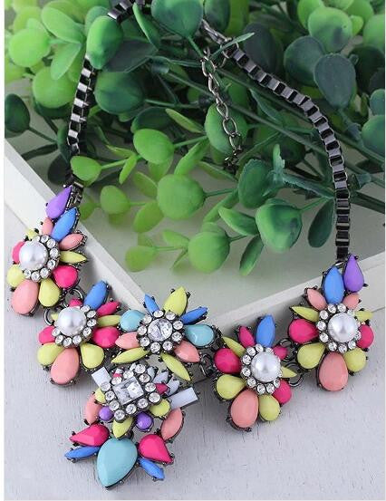 Multicolor Rhinestone Faux Pearl Flower Necklace