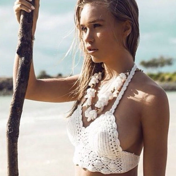 Romoti Halter Crochet Crop Top