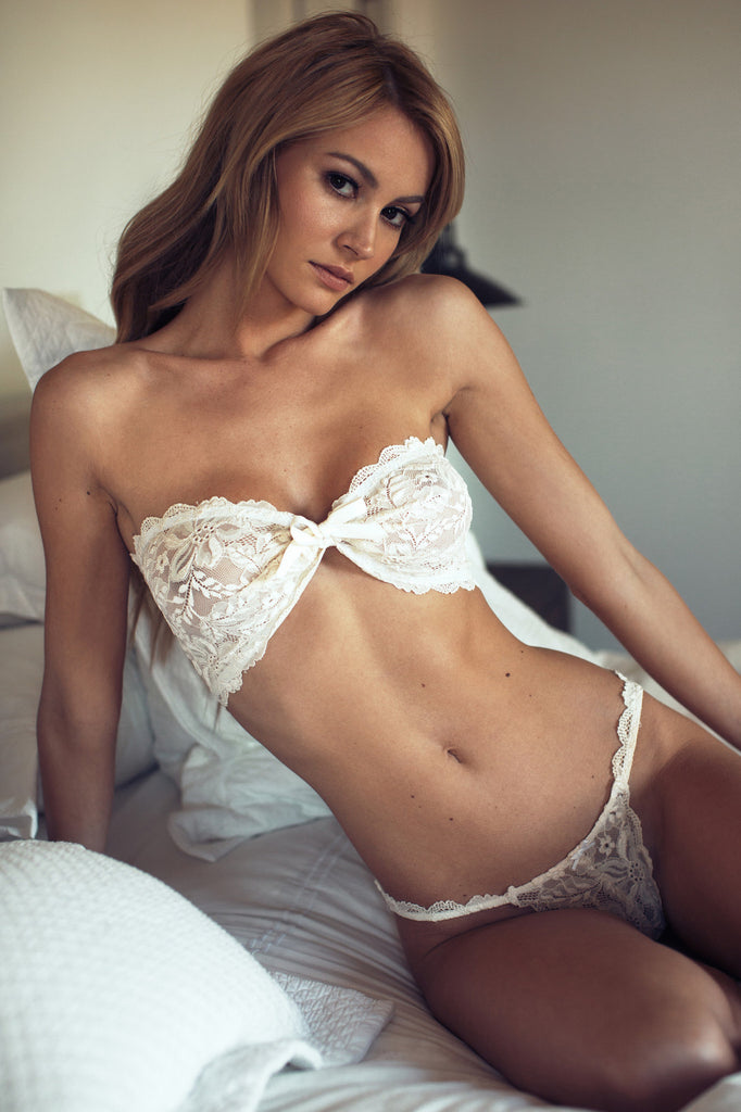 White Lace Strapless Lingerie